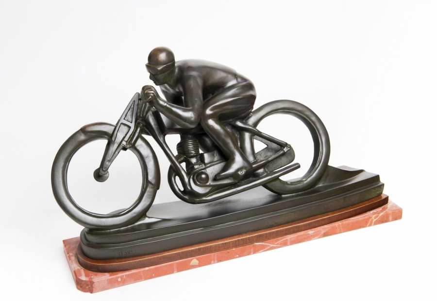 Motocyklista (Sluneční paprsek)