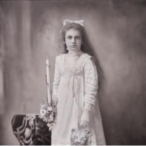 Whisper of the Candle, 2014. Oil on canvas, 50 x 50 cm (CENA NA VYŽÁDÁNÍ)